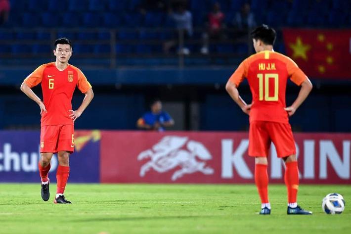 BLV Trung Quốc lại đem Việt Nam ra bỉ bôi đội nhà, hiến kế cười rơi răng cho bóng đá TQ - Ảnh 1.