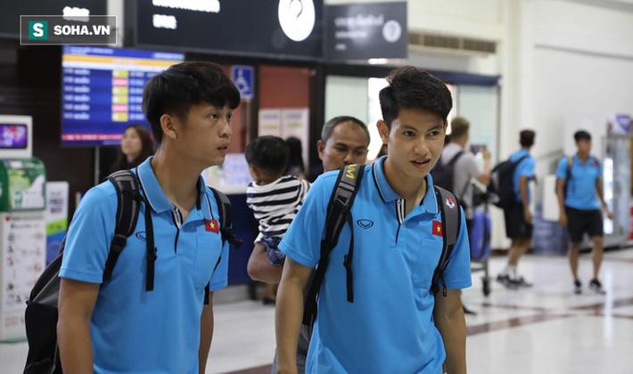 Thầy Park mệt mỏi, U23 Việt Nam lặng lẽ về Bangkok chuẩn bị quyết đấu Triều Tiên - Ảnh 5.