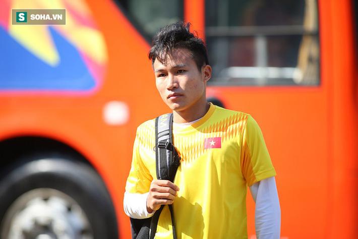 Thầy Park phân thân, lộ rõ vẻ trầm ngâm ở buổi tập cuối của U23 Việt Nam tại Buriram - Ảnh 1.