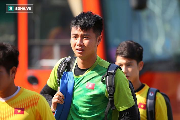 Thầy Park phân thân, lộ rõ vẻ trầm ngâm ở buổi tập cuối của U23 Việt Nam tại Buriram - Ảnh 2.