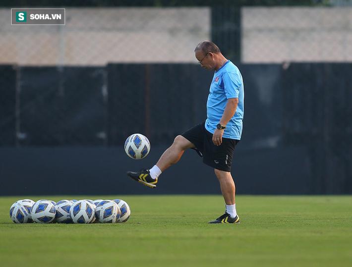 U23 Việt Nam nhận hung tin, nguy cơ mất trụ cột ở hàng thủ khi quyết đấu U23 Triều Tiên - Ảnh 8.