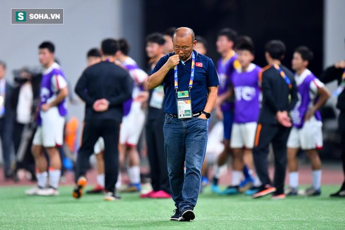 Cùng bét bảng ở VCK U23 châu Á, song Việt Nam mỉm cười trong khi Trung Quốc khóc ròng - Ảnh 2.