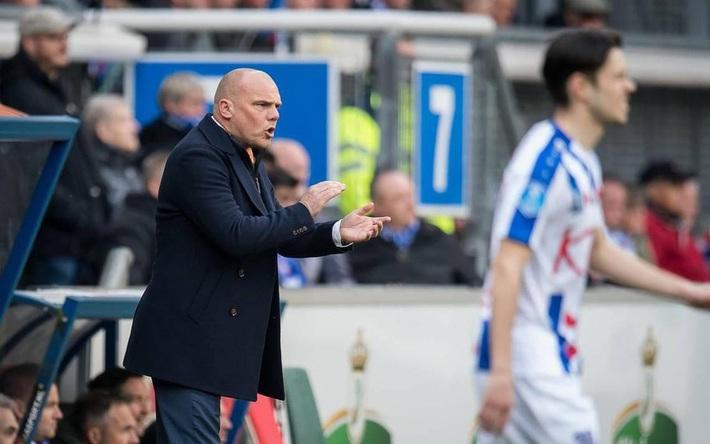 HLV Heerenveen hé lộ lý do sâu xa không để Đoàn Văn Hậu về dự VCK U23 châu Á - Ảnh 2.