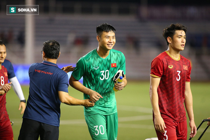 Nội soi U23 Việt Nam: Nắm trong tay 3 người khổng lồ, thầy Park vẫn lo bệnh cũ tái phát - Ảnh 1.