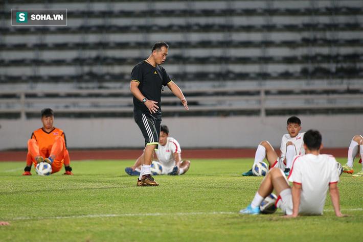 U23 Triều Tiên luyện tập nghiêm khắc, cầu thủ mắc lỗi lập tức phải chịu phạt - Ảnh 6.