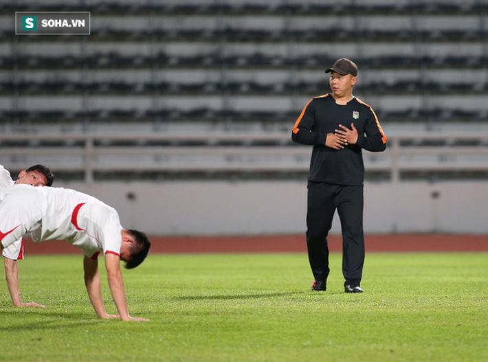 U23 Triều Tiên luyện tập nghiêm khắc, cầu thủ mắc lỗi lập tức phải chịu phạt - Ảnh 9.