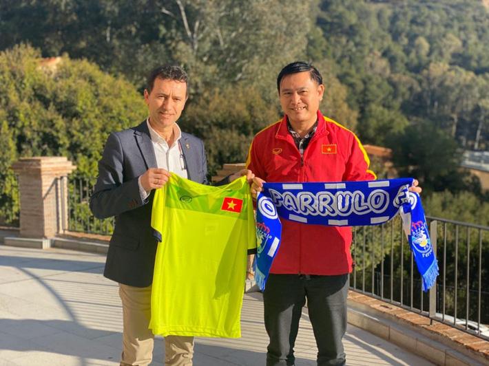 Đội bóng Tây Ban Nha phấn khởi thông báo chiêu mộ thành công tuyển thủ Việt Nam - Ảnh 1.