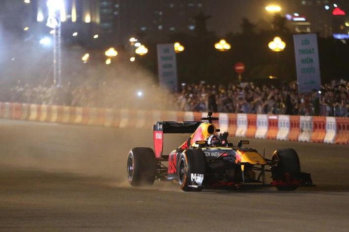 F1 Trung Quốc bị hoãn, Việt Nam Grand Prix không bị ảnh hưởng - Ảnh 1.