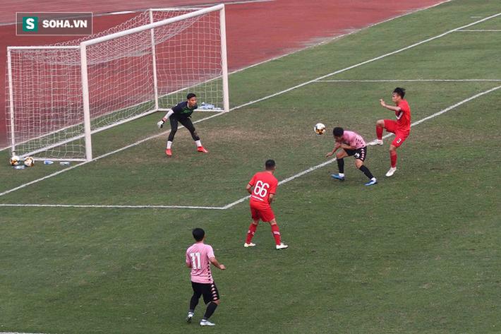 Quang Hải vắng mặt, nhiều khán giả việt vị tại Hàng Đẫy khi Hà Nội đấu Viettel - Ảnh 12.