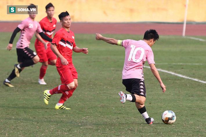 Quang Hải vắng mặt, nhiều khán giả việt vị tại Hàng Đẫy khi Hà Nội đấu Viettel - Ảnh 9.