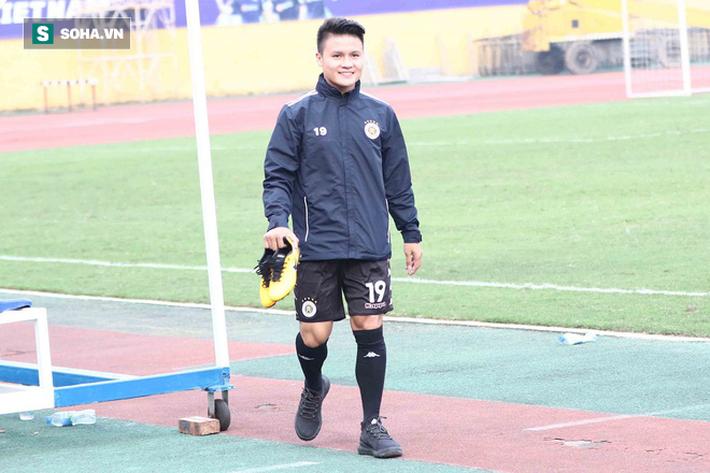 Quang Hải vắng mặt, nhiều khán giả việt vị tại Hàng Đẫy khi Hà Nội đấu Viettel - Ảnh 3.