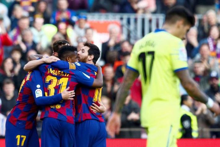 HLV Tây Ban Nha thán phục: Messi có thể nghỉ ngơi ngay trong khi thi đấu - Ảnh 2.
