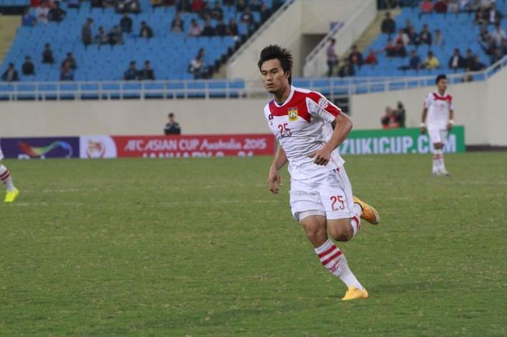 2 tuyển thủ Lào bán độ bị cấm thi đấu suốt đời - Ảnh 1.