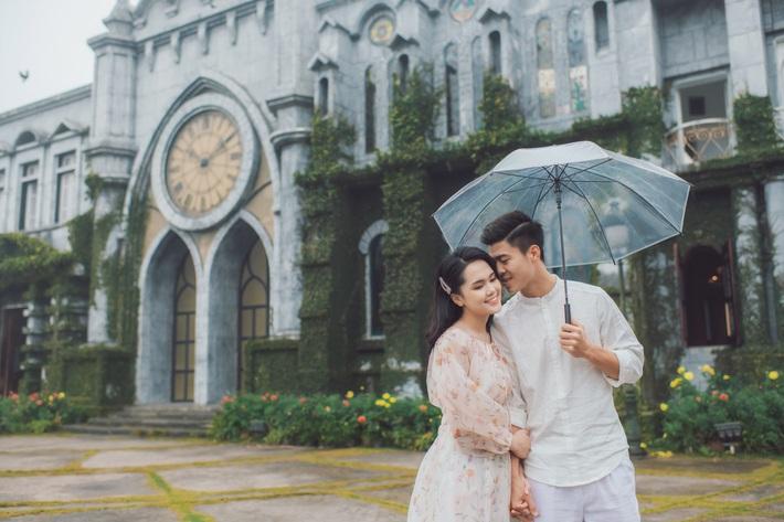Duy Mạnh tung bộ ảnh cưới mới, lãng mạn, tình tứ bên Quỳnh Anh - Ảnh 4.