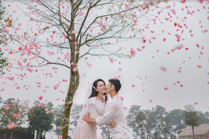 Duy Mạnh tung bộ ảnh cưới mới, lãng mạn, tình tứ bên Quỳnh Anh - Ảnh 14.