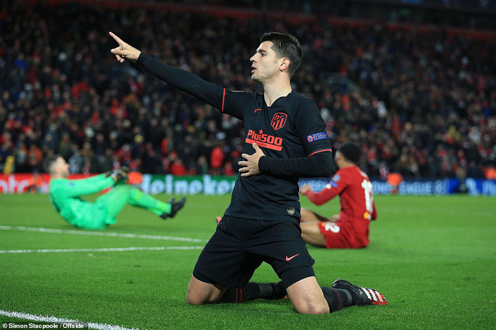 Thủ môn phạm sai lầm, Liverpool bị đá văng khỏi Champions League theo kịch bản nghiệt ngã - Ảnh 5.
