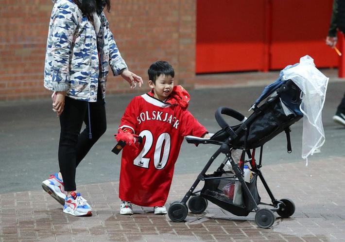 Ngoại hạng Anh 2019-2020: Những khoảnh khắc tuyệt đẹp giữa mùa Covid-19 - Ảnh 7.