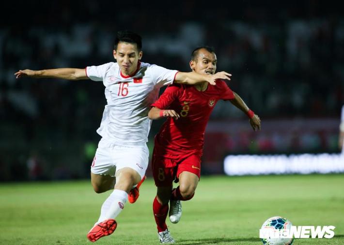 Bóng đá Việt Nam nên ưu tiên AFF Cup hay vòng loại World Cup? - Ảnh 2.