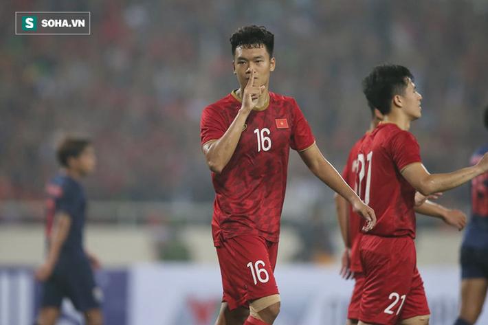 Một năm sau màn hủy diệt Thái Lan, các ngôi sao U23 Việt Nam giờ ra sao? - Ảnh 1.