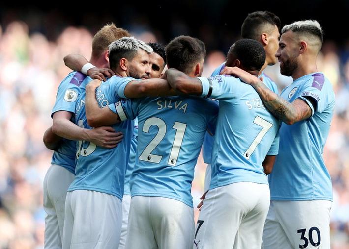 Liverpool và 7 đội Ngoại hạng đánh hội đồng Man City - Ảnh 1.