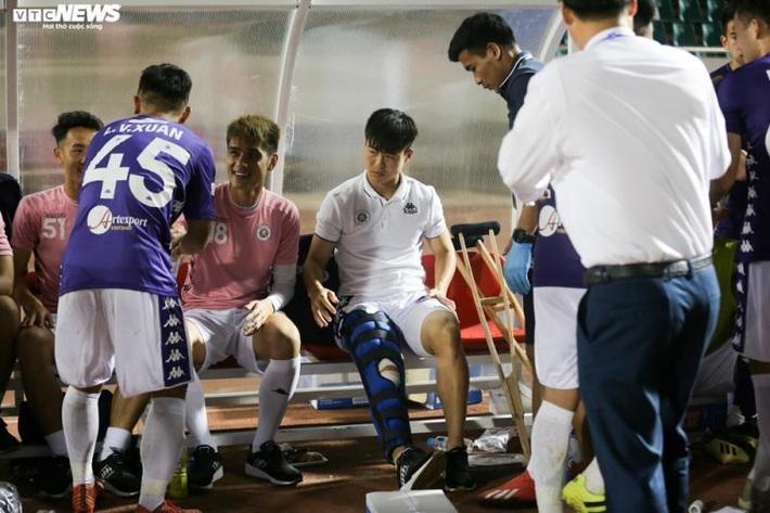 8 ngôi sao thế hệ vàng U23 Việt Nam rủ nhau chấn thương dây chằng - Ảnh 1.