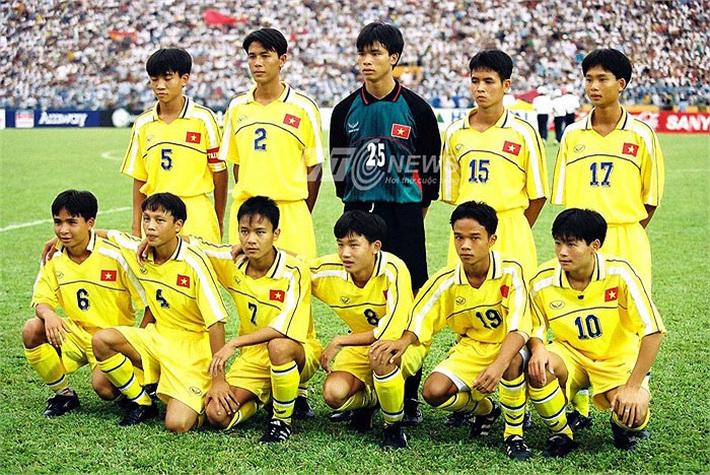 Văn Quyến khiến Trung Quốc ôm hận, suýt chút nữa đưa Việt Nam vào đến sân chơi World Cup - Ảnh 1.