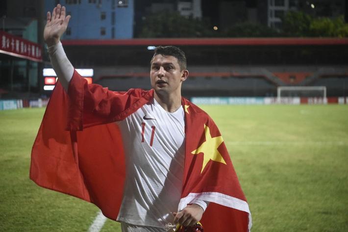 VL World Cup hoãn vì Covid-19, CĐV Trung Quốc: Tuyển TQ sẽ biến thành Brazil B mất thôi - Ảnh 1.
