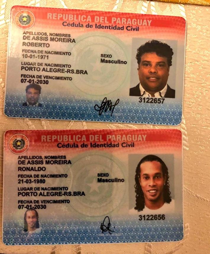 Ronaldinho đối diện với 10 năm tù tại Paraguay vì nghi án 'rửa tiền'