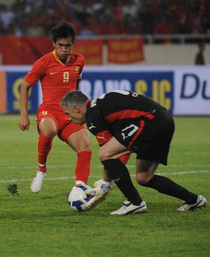Thần tài nhảy múa ở Mỹ Đình, giúp ĐT Việt Nam hạ khách quen của UEFA Champions League - Ảnh 3.