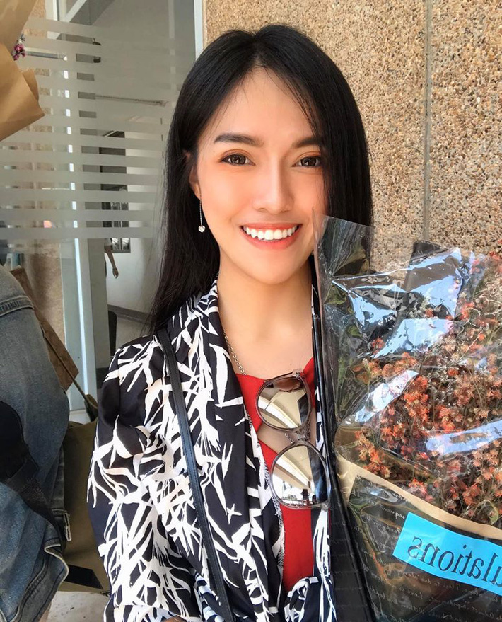 Nữ trọng tài xinh đẹp khiến báo Thái Lan mê mẩn, không ngớt lời ca ngợi - Ảnh 9.