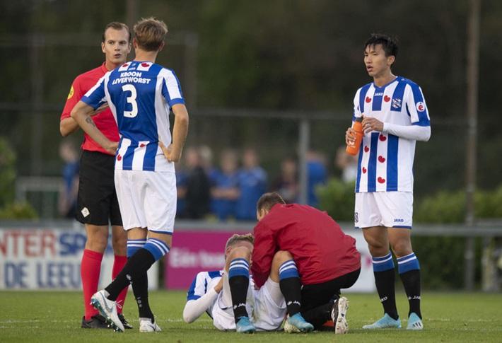 Hà Lan đưa ra lệnh cấm kỷ lục, Văn Hậu mất trắng mùa giải cùng Heerenveen - Ảnh 2.