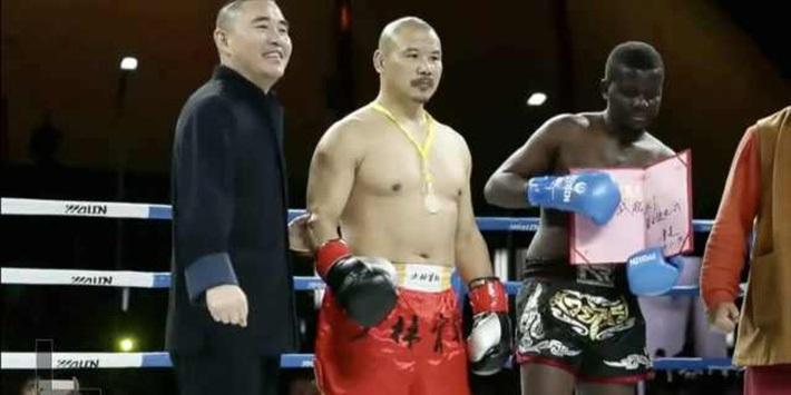 Cao thủ nội công Thiếu Lâm Tự và trận thắng có mùi trước võ sĩ Muay Thái sau 1 phút - Ảnh 4.