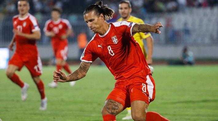 Cố tình trốn đi bar mùa Covid-19, cầu thủ từng dự World Cup bị nhốt ở nhà 3 tháng - Ảnh 1.