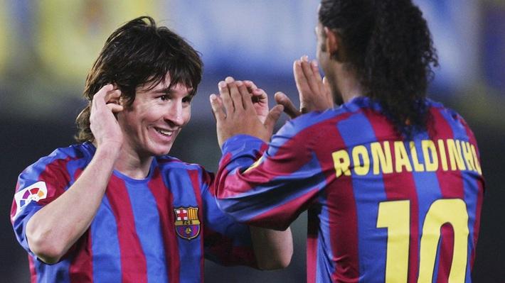 Vắng Messi, dàn sao trẻ Barca gục ngã trước Việt Nam bởi bước chạy thần tốc của Công Vinh - Ảnh 1.