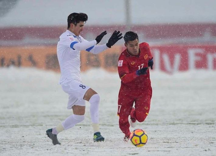 Người quen của bóng đá Việt Nam tỏa sáng tại giải Belarus  - Ảnh 1.