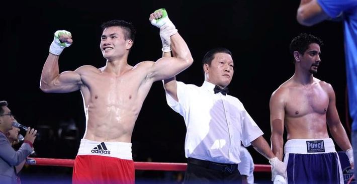 Võ sĩ boxing Nguyễn Văn Đương: Bật dậy sau cú sốc và tấm vé dự Olympic 2020 - Ảnh 3.
