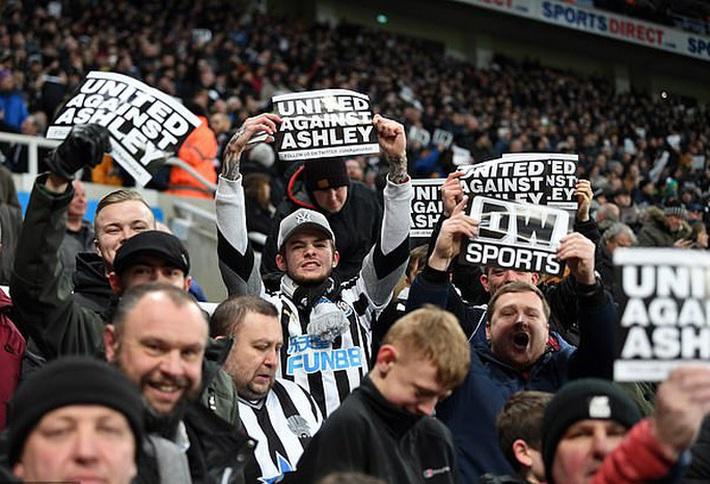 Thương vụ 300 triệu bảng Newcastle sẽ sụp đổ vì... 80 bảng?  - Ảnh 7.