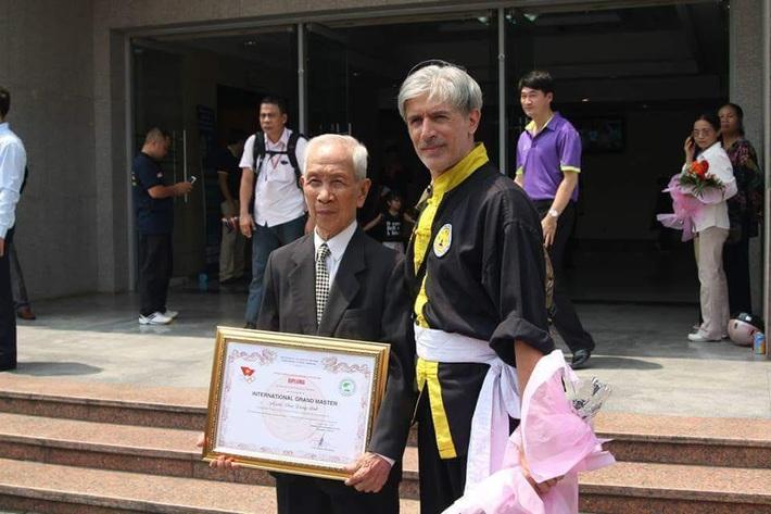 """Huyền thoại võ Việt sở hữu """"Súc cốt công"""" - Phan Dương Bình qua đời - Ảnh 1."""