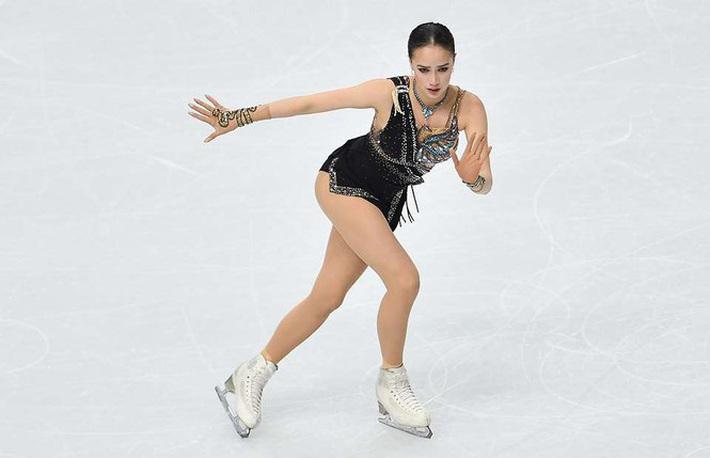 Thiên thần trượt băng được ông Putin chúc mừng sinh nhật - Ảnh 2.