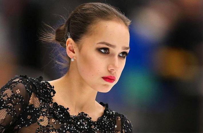 Thiên thần trượt băng được ông Putin chúc mừng sinh nhật - Ảnh 4.
