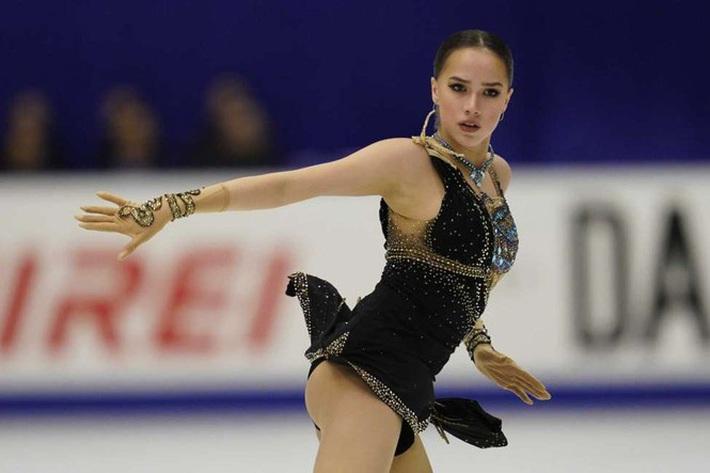 Thiên thần trượt băng được ông Putin chúc mừng sinh nhật - Ảnh 7.
