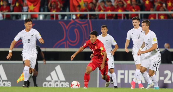 Màn trình diễn khiến FIFA phải thán phục & lời nhận xét chói tai của bầu Đức - Ảnh 5.