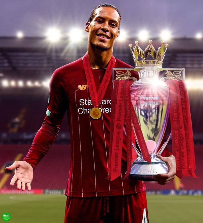 Biếm họa 24h: Liverpool rửa tay chờ nâng cúp vô địch Premier League - Ảnh 2.