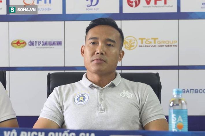 HLV Lee Tae-hoon báo tin vui cho CĐV HAGL, Tuấn Anh nhắc về mối lo lớn nhất từ Hà Nội FC - Ảnh 3.