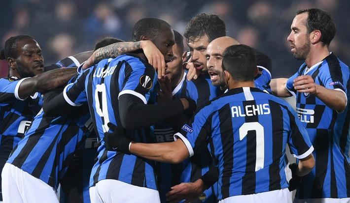 Serie A chờ hoãn lần 2, Ronaldo sắp lỡ ngôi vô địch với Juventus  - Ảnh 2.