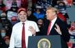 Đồng minh của Tổng thống Donald Trump kiện lên Tòa án Tối cao Mỹ