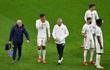 Raphael Varane lỡ trận gặp Leicester City
