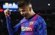 """Biếm họa 24h: Pique giúp Barca mơ về """"cú ăn ba"""""""