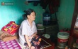 Xót xa cảnh bà cụ mù sống trong căn nhà xập xệ 10m2: Ngày ăn 2 bữa như một, chỉ có cơm mỡ trộn mắm