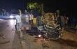 Ô tô tông mạnh vào gốc cây, 1 nam thanh niên tử vong, 6 người bị thương nặng